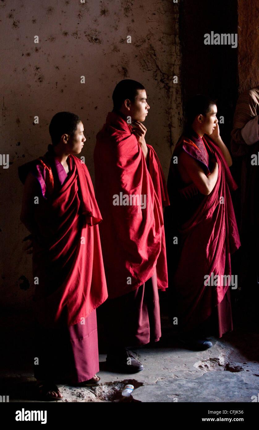 Young Buddhist monks, Wangdue Phodrang (Wangdi), Bhutan, Asia - Stock Image