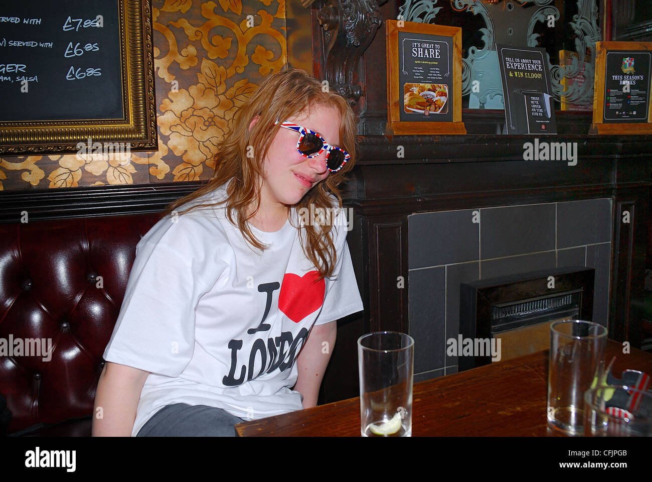 Bars Near Piccadilly Circus >> The Imperial Pub London It Is A Historic Pub Near