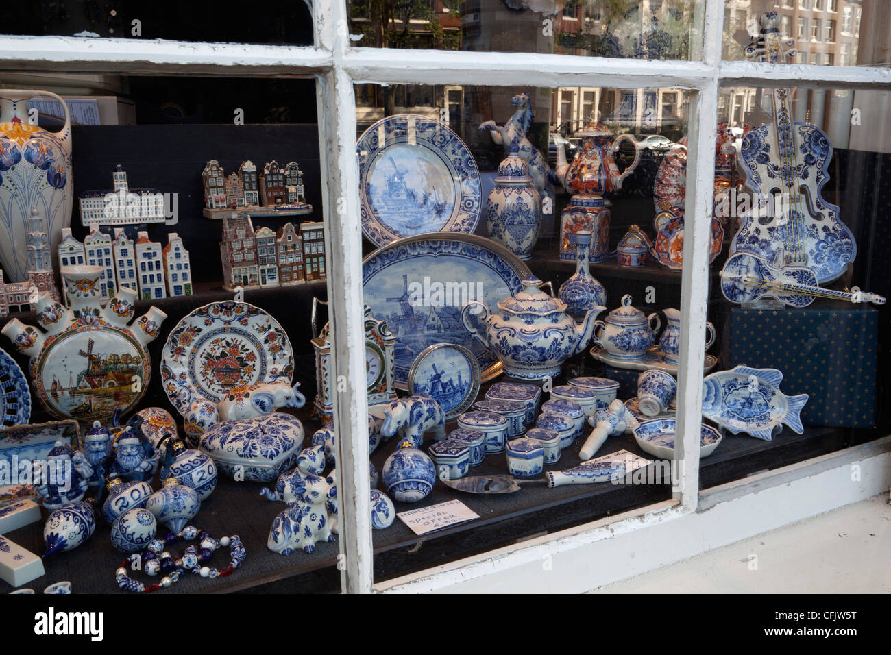 Delftware in shop window, Amsterdam, North Holland, The Netherlands, Europe - Stock Image