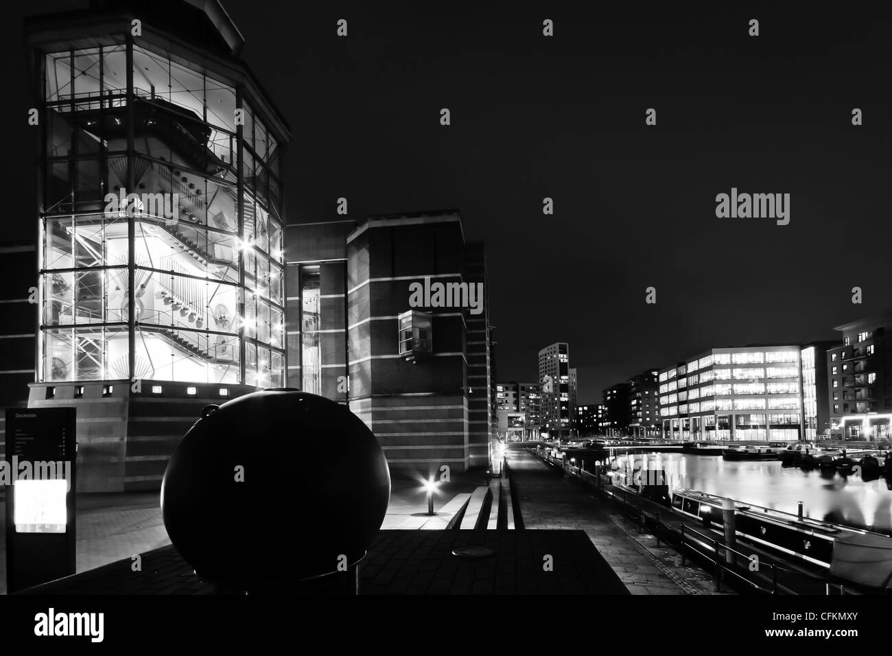 The Royal Armouries after dark, Clarence Dock in Leeds - Stock Image