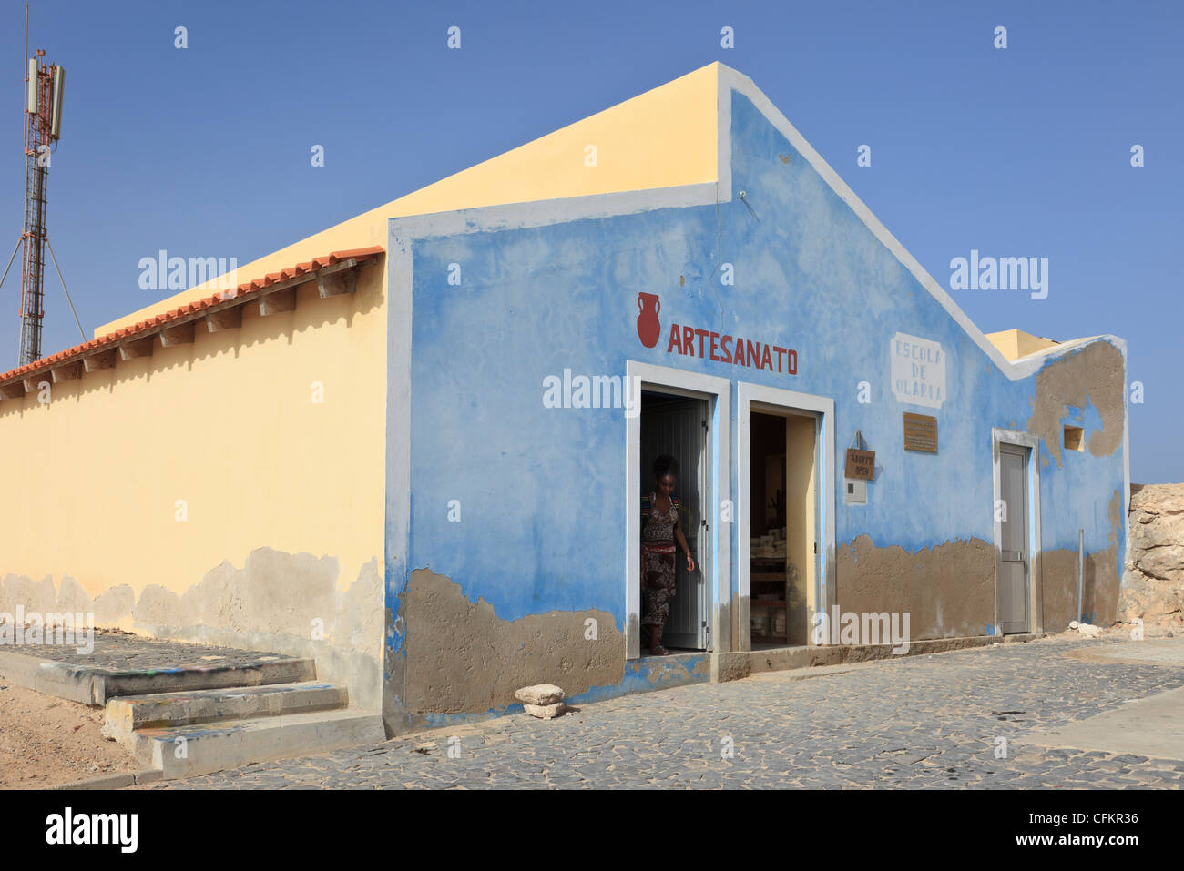 Rabil, Boa Vista, Cape Verde Islands. Ceramics factory where local clay pottery crafts are taught and produced for - Stock Image