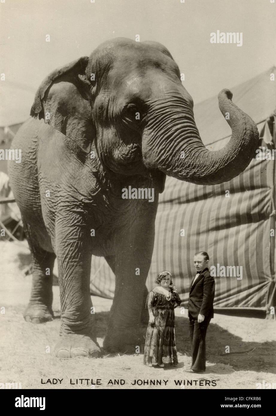 Midget Couple & Circus Elephant Stock Photo - Alamy