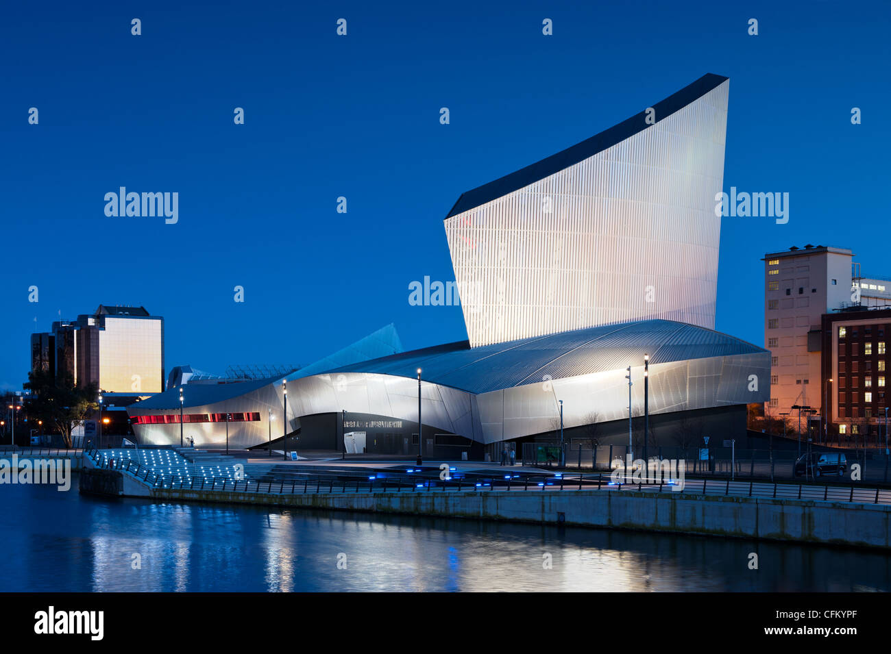 The Imperial War Museum North located near to Salford Quays / Media City near the Manchester Ship Canal. - Stock Image