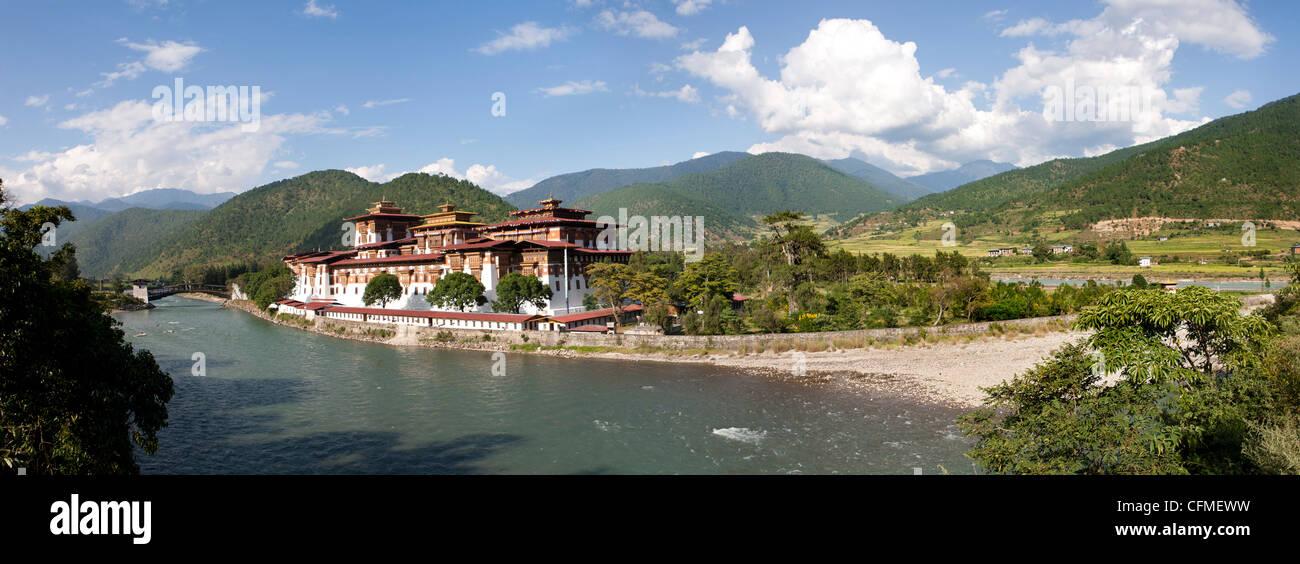 Punakha Dzong, Punakha Valley, Bhutan, Himalayas, Asia - Stock Image