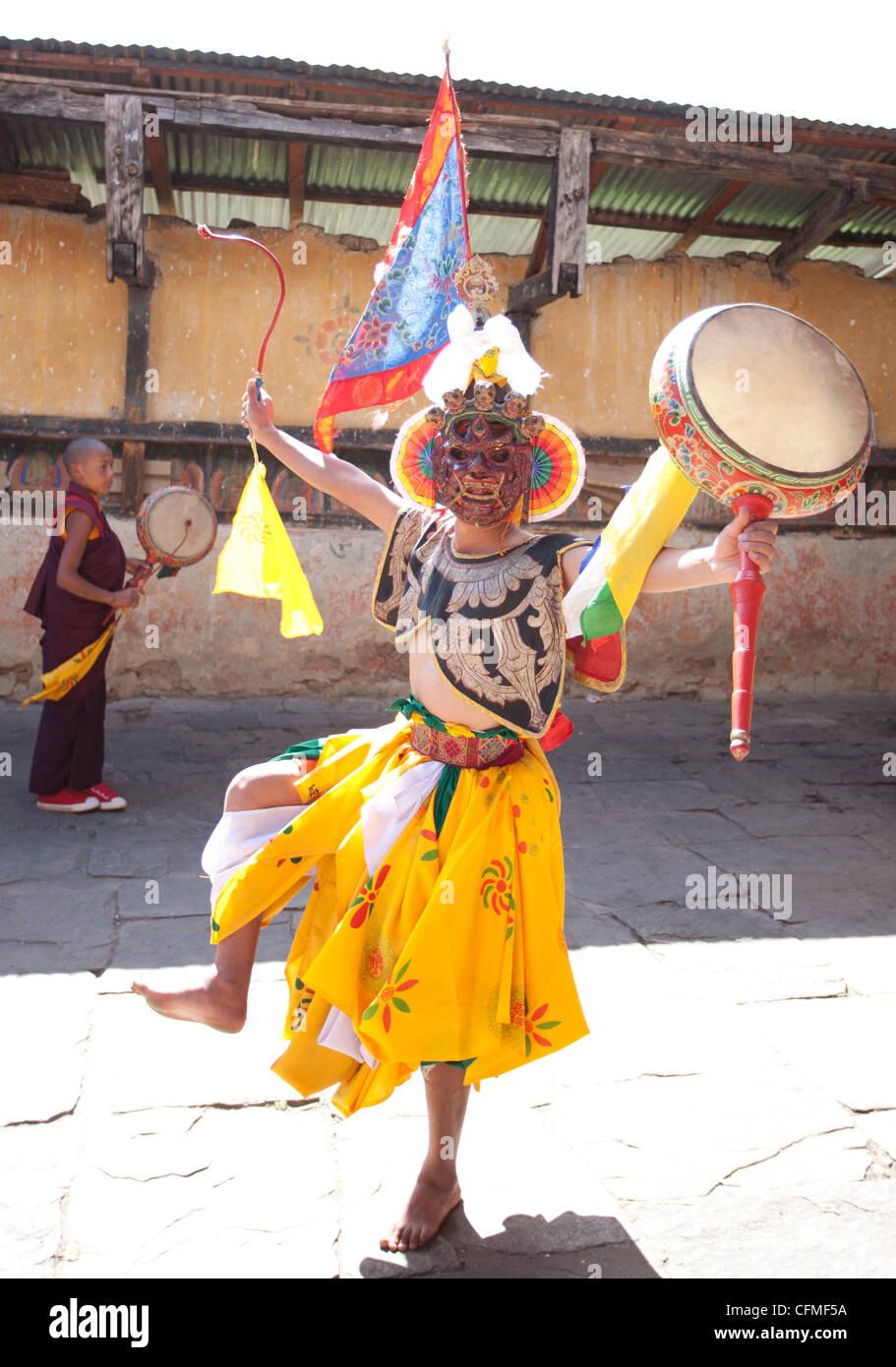 Buddhist monk in dance costume, Jakar, Bumthang, Bhutan, Asia - Stock Image