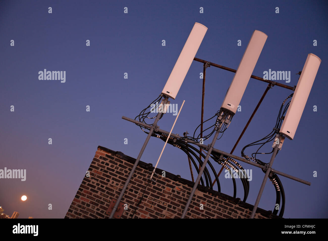 USA, Illinois, Chicago, Rooftop with antenna - Stock Image