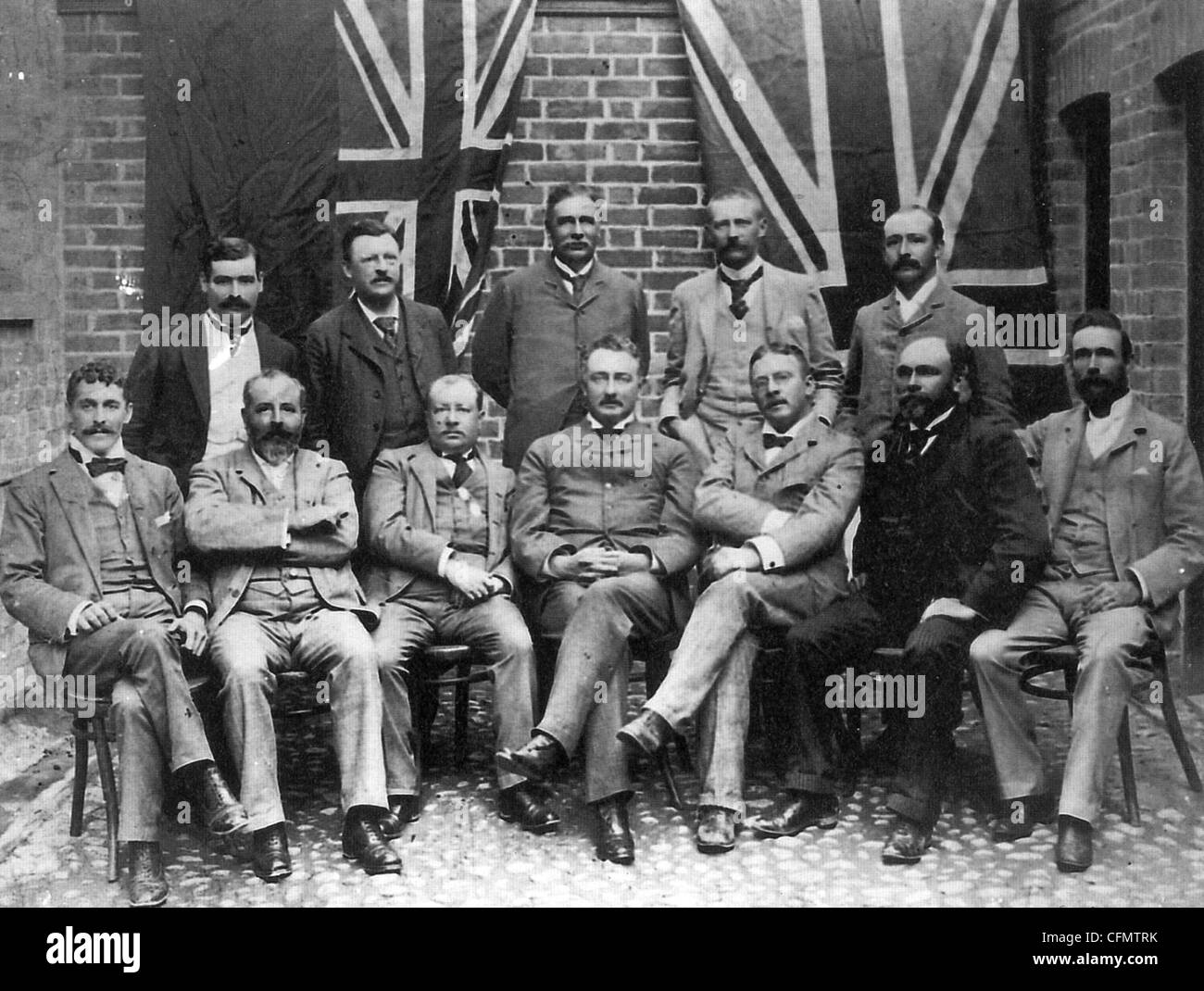 CECIL RHODES (seated centre) and Directors of De Beers in 1895 - Stock Image