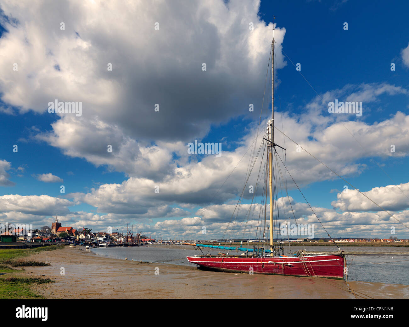 Maldon on the Blackwater Estuary, looking towards Hythe Quay - Stock Image
