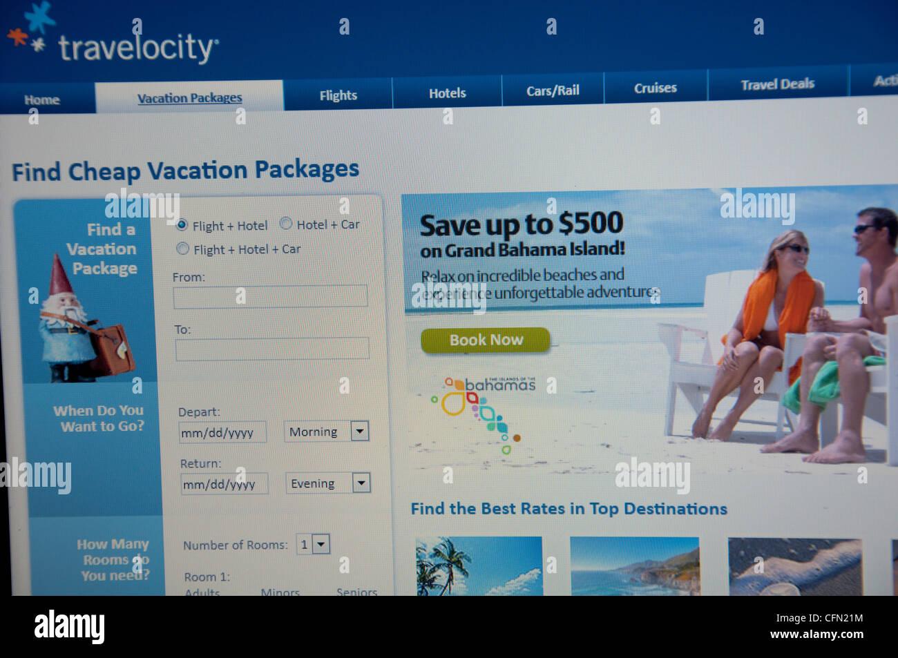 Travelocity Twitter website screenshot - Stock Image