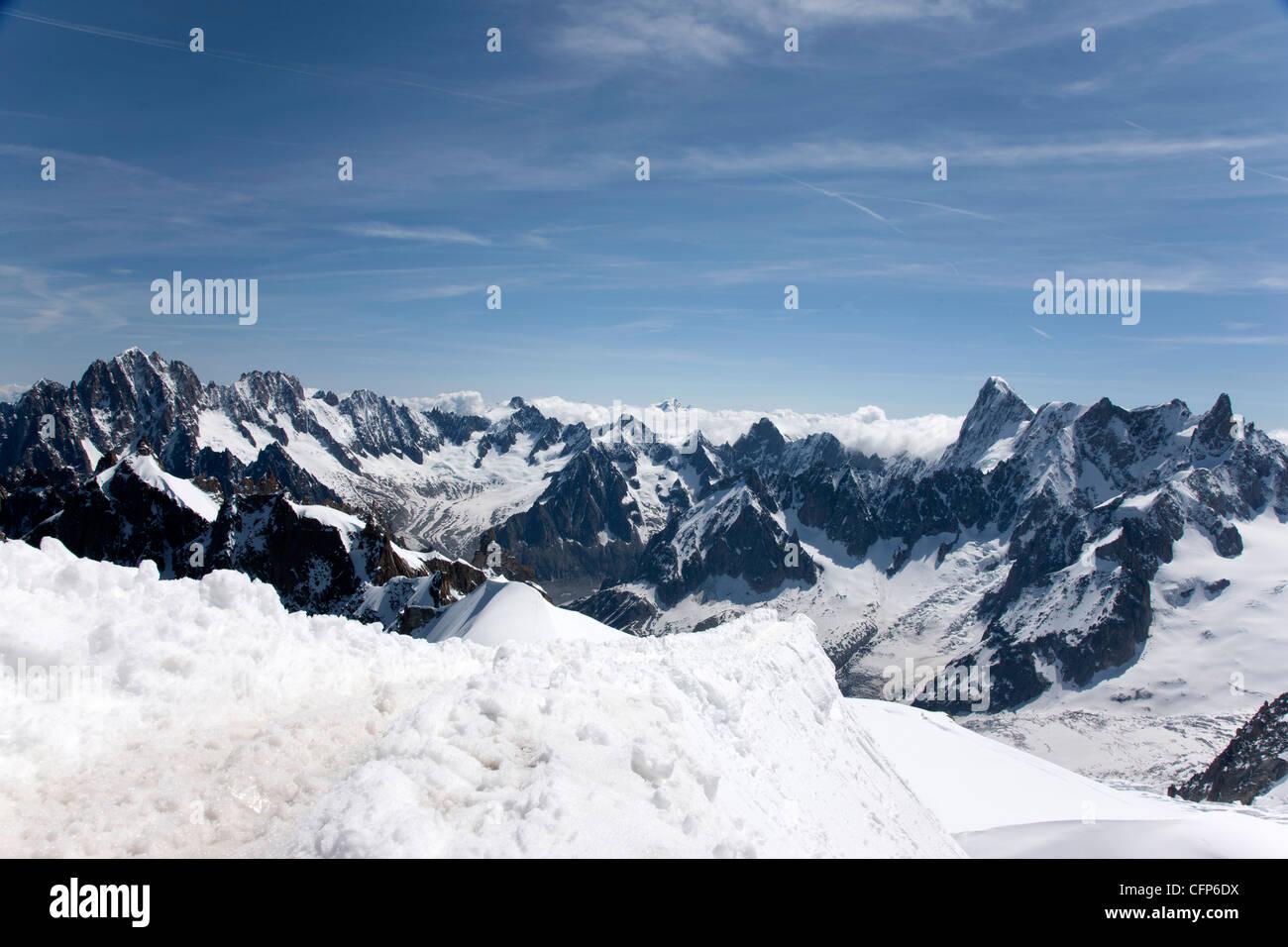 Aiguille du Midi, view of the Mont Blanc Massif, Chamonix, Haute Savoie, French Alps, France, Europe - Stock Image