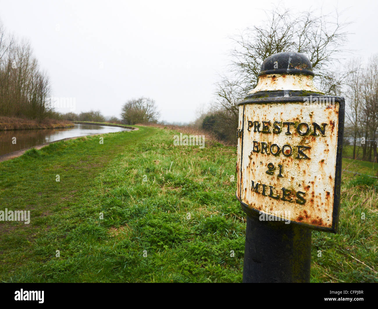 Signpost on the Trent and Mersey Canal near Elworth Sandbach UK - Stock Image