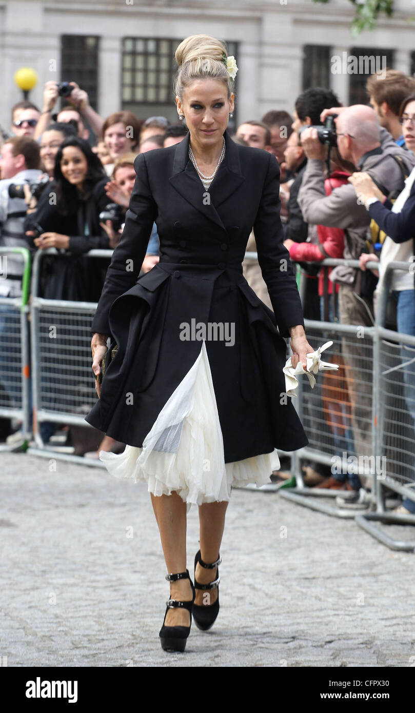 93a87c2c04af Sarah Jessica Parker Alexander McQueen memorial service held at St. Paul s  Cathedral - Arrivals. London