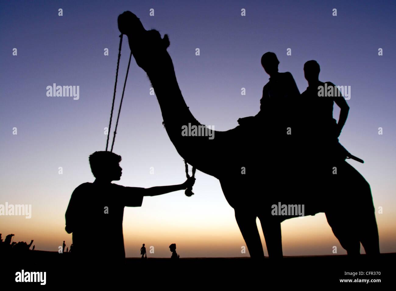 Paseo en camello. Jaisalmer. India. Stock Photo