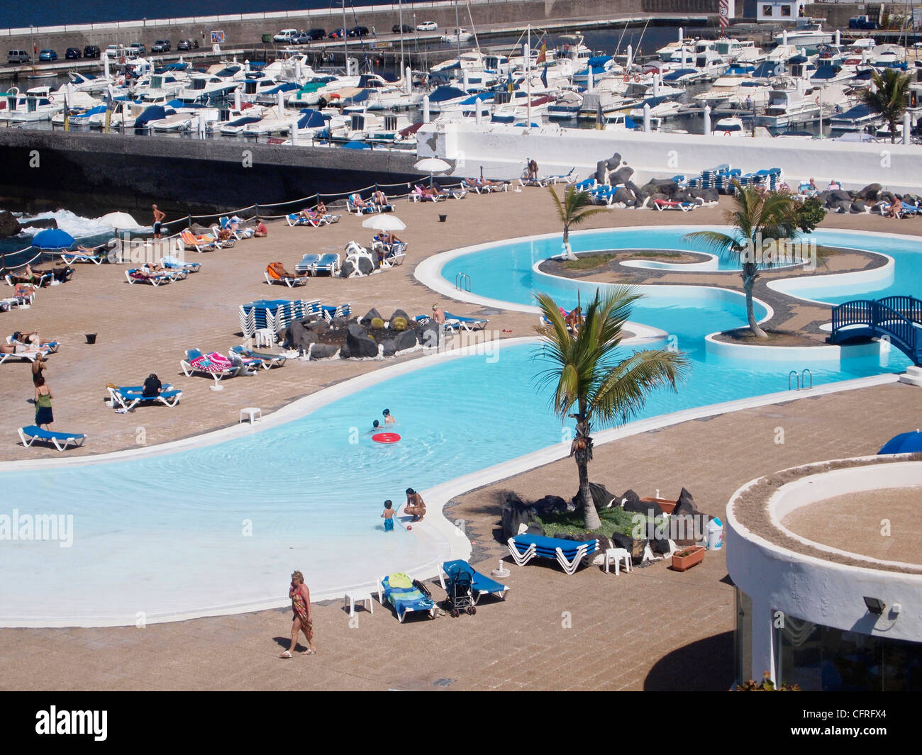 SWIMMING POOLS AT THE OASIS LOS GIGANTES TENERIFE SPAIN ...