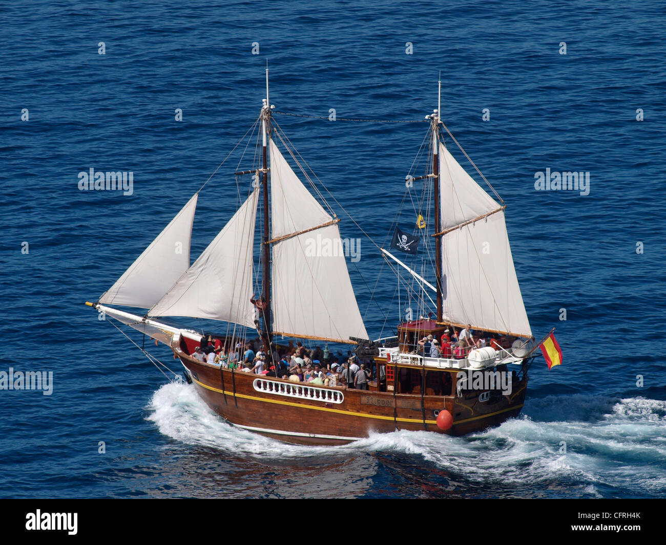 BOAT FLIPPER UNO LEAVING  LOS GIGANTES HARBOUR WHALE AND DOLPHIN WATCHING TRIP  TENERIFE SPAIN - Stock Image