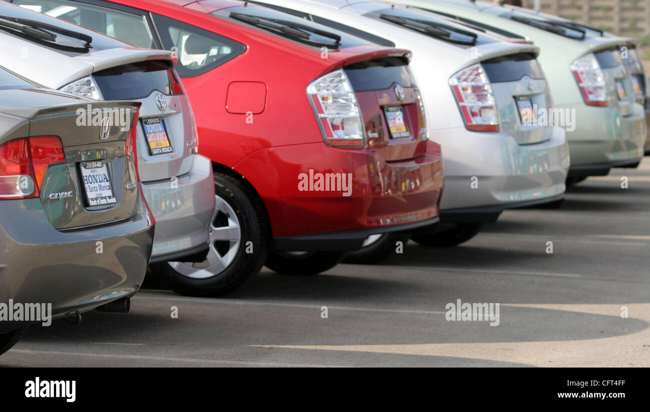 Toyota Cars Sale Stock Photos & Toyota Cars Sale Stock Images - Alamy