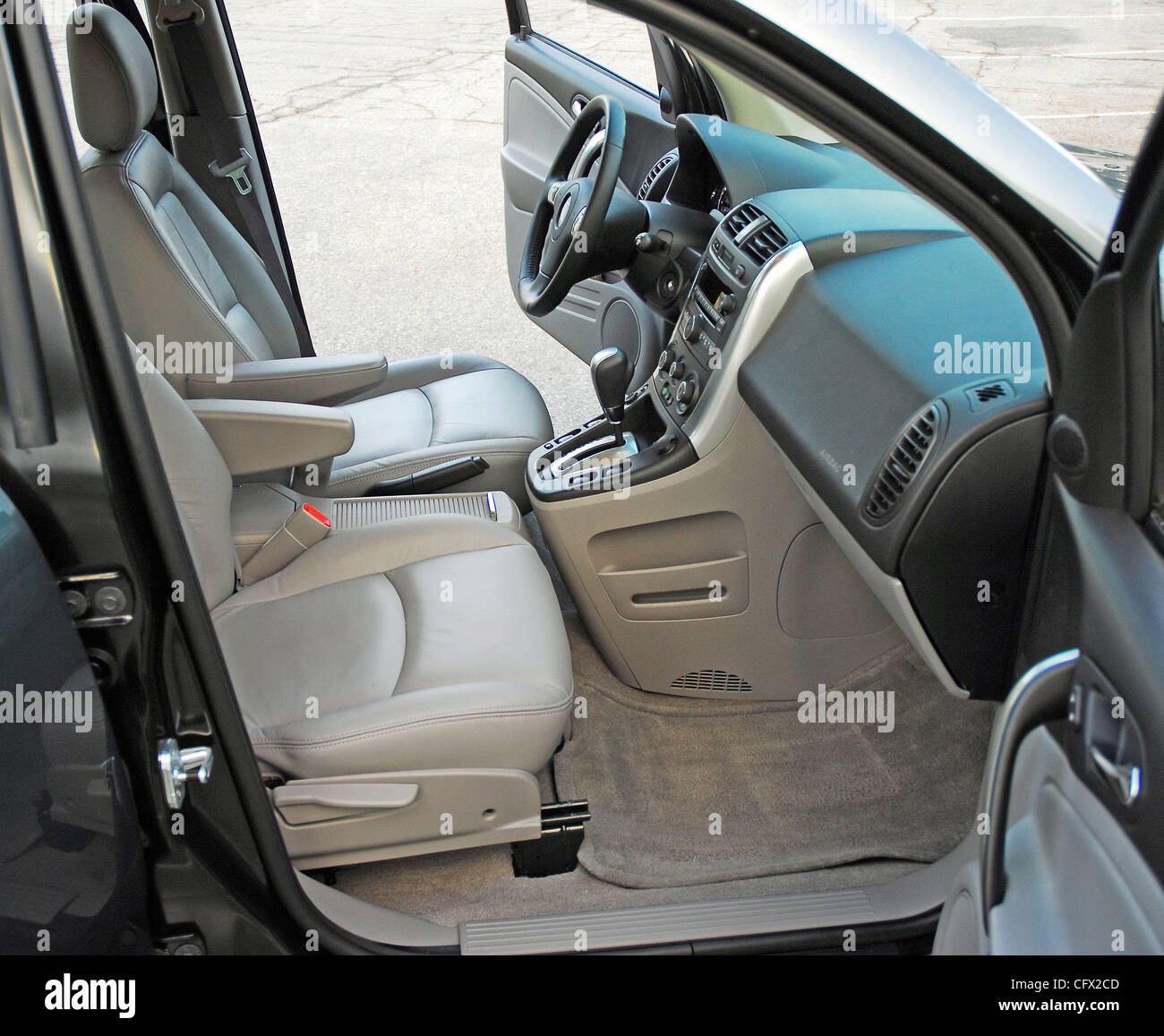 Saturn Vue Stock Photos Images Alamy Electric Power Steering Front Seats 2007 Green Line Hybrid Image