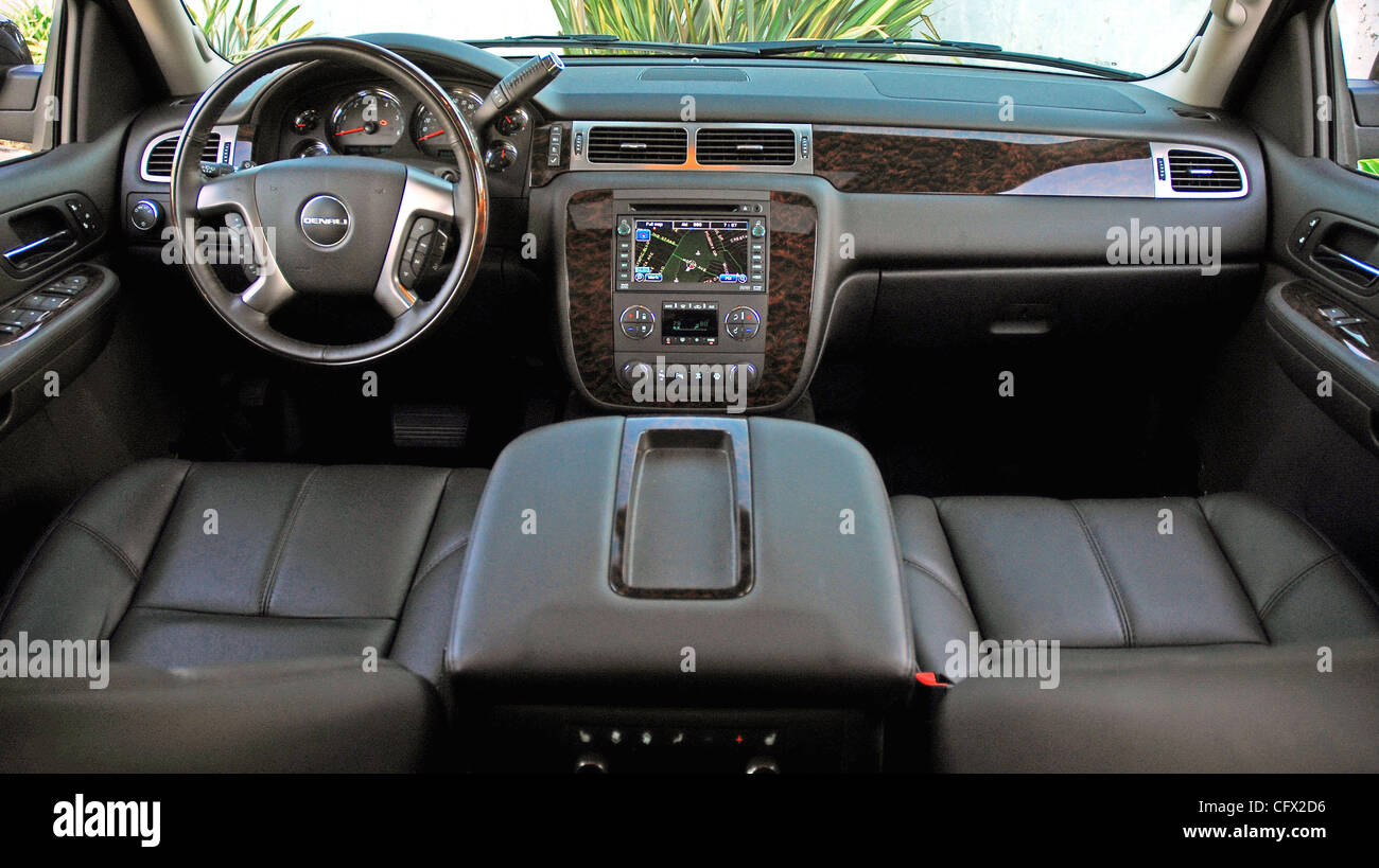 and denali model review in xl gmc driver photo depth test instrumented interior page reviews car s yukon original