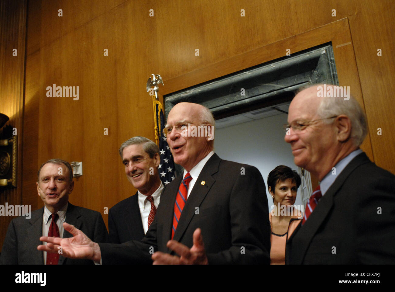 Mar 27, 2007 - Washington, DC, USA - FBI director ROBERT MUELLER (second from left) stands with Senators ARLEN SPECTER Stock Photo