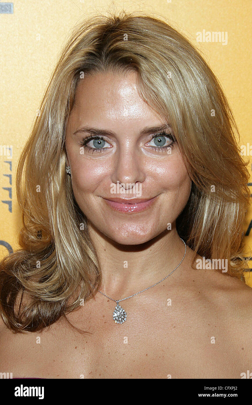 Chloe Leland,32. Hillary Clinton XXX pics Kelly LeBrock,Wendie Malick
