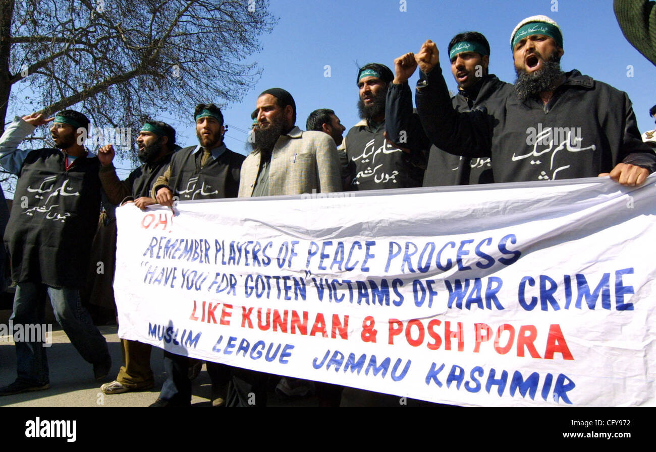 Indian Kashmiri activists of pro-Pakistan group the Muslim League