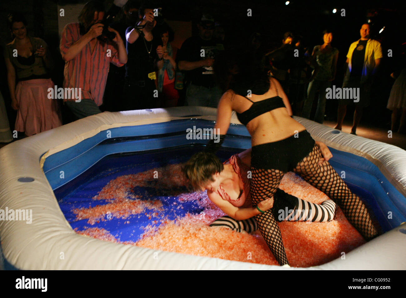 female nude jello wrestling
