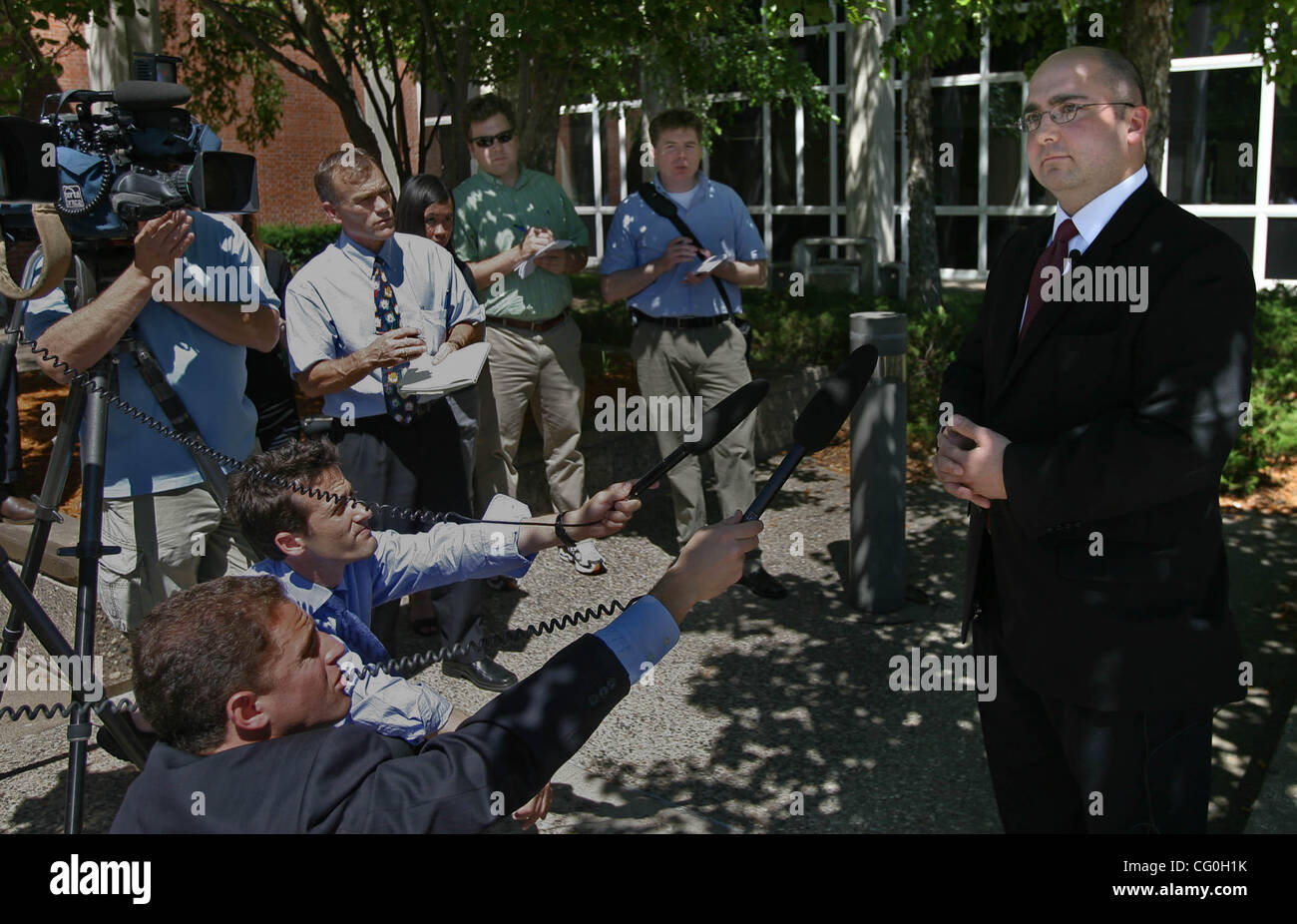 Stillwater/June 27, 2007/2:50PM.Defense attorney Matthew Ludt discusses the first-degree murder verdict given his - Stock Image
