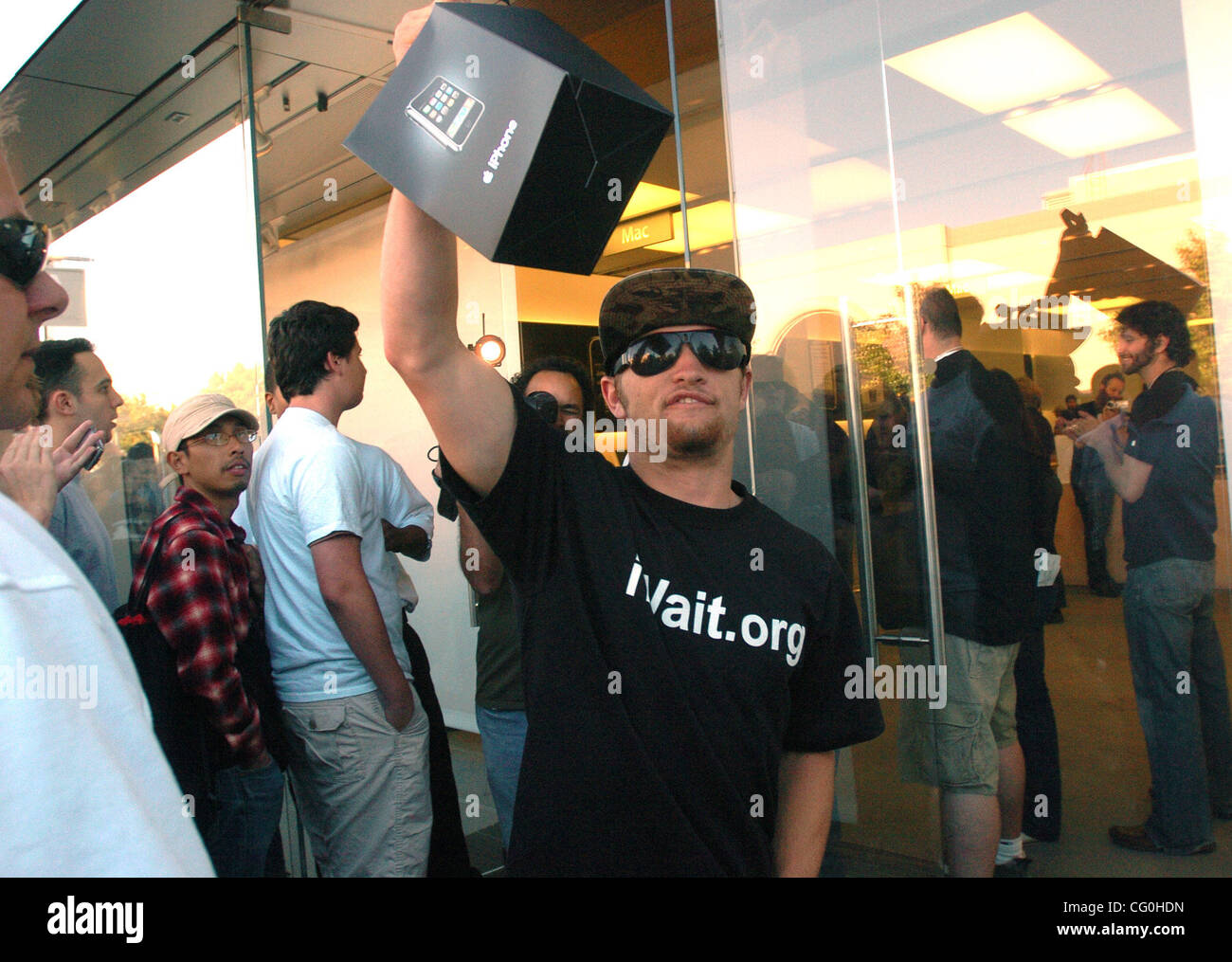 Josh May, 18, of Benicia was among the first customer to purchase an iPhone at the Apple store in Walnut Creek, - Stock Image