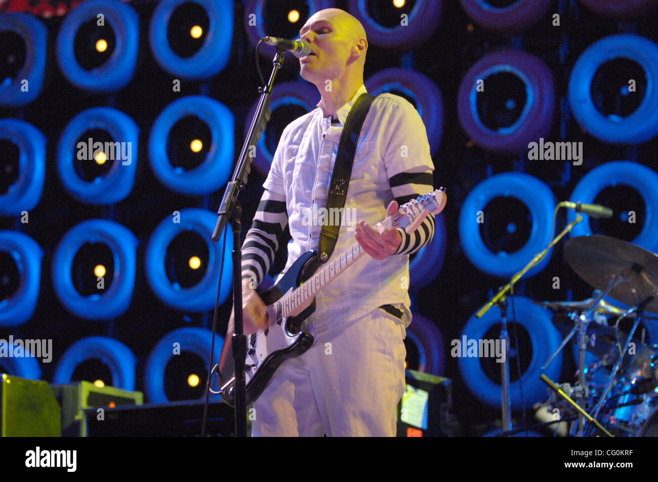 Jul. 7, 2007 East Rutherford, NJ; USA,  Musician BILLY CORGAN of the band THE SMASHING PUMPKINS performs live at - Stock Image