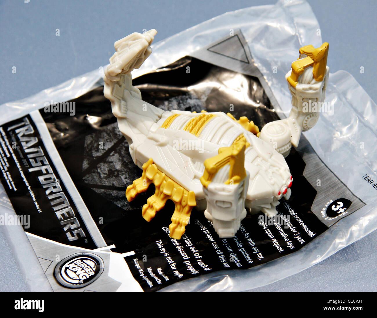 Burger Kings Scorpion Transformer Toy Jay Solmonsontri Valley