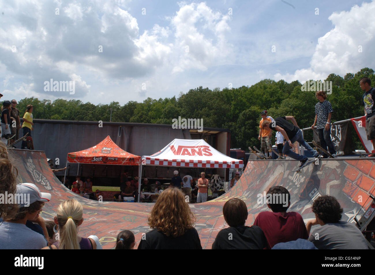 Jul 24, 2007 - Virginia Beach, VA, USA - Skaters at The Vans Warped Tour at the Verizon Virginia Beach Amphitheatre. - Stock Image