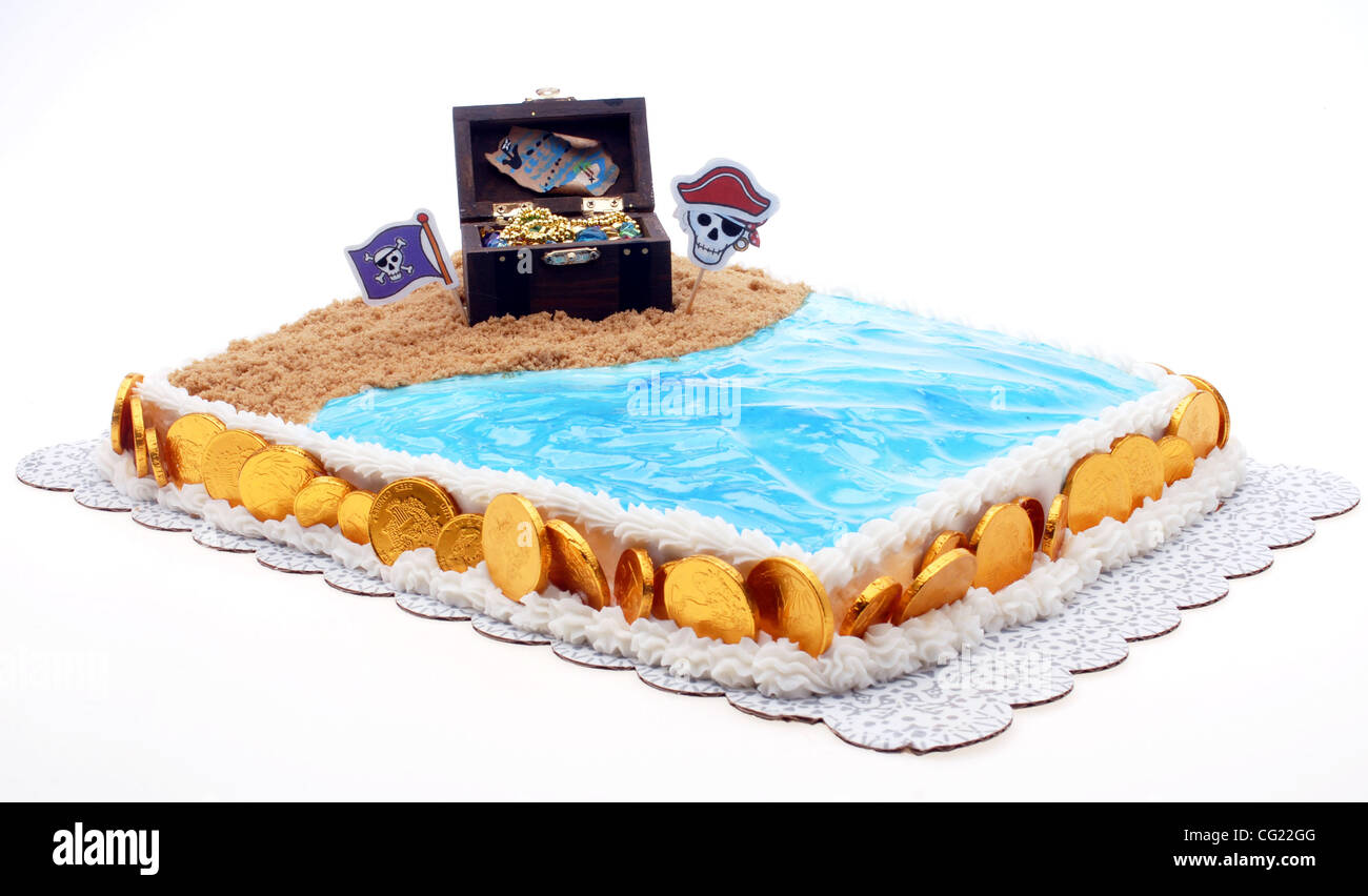 Awesome A Pirate And Beach Themed Birthday Cake July 20 2007 Sacramento Funny Birthday Cards Online Inifofree Goldxyz