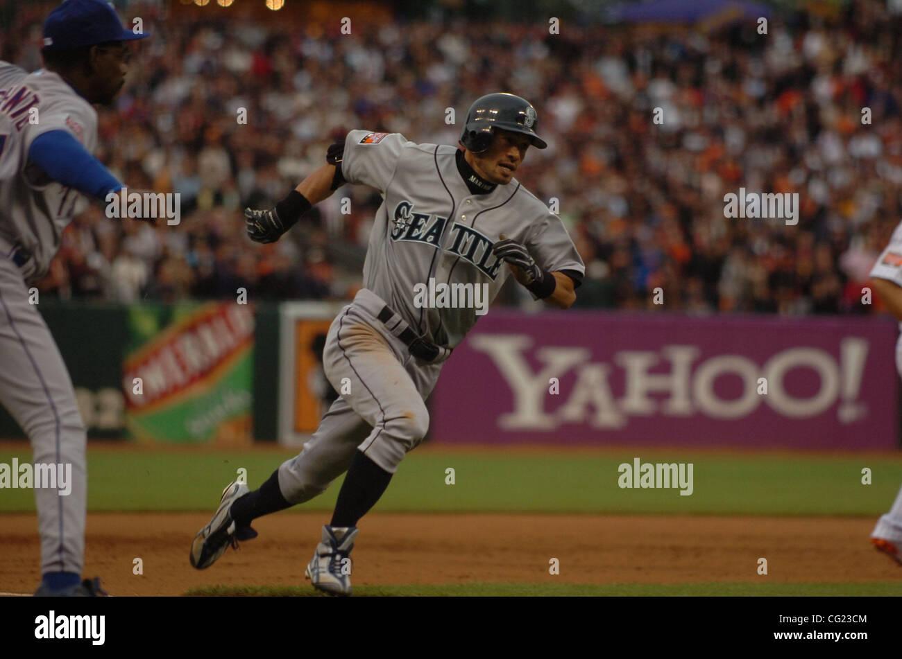 Ichiro Suzuki Round Third First Stock Photos & Ichiro Suzuki Round