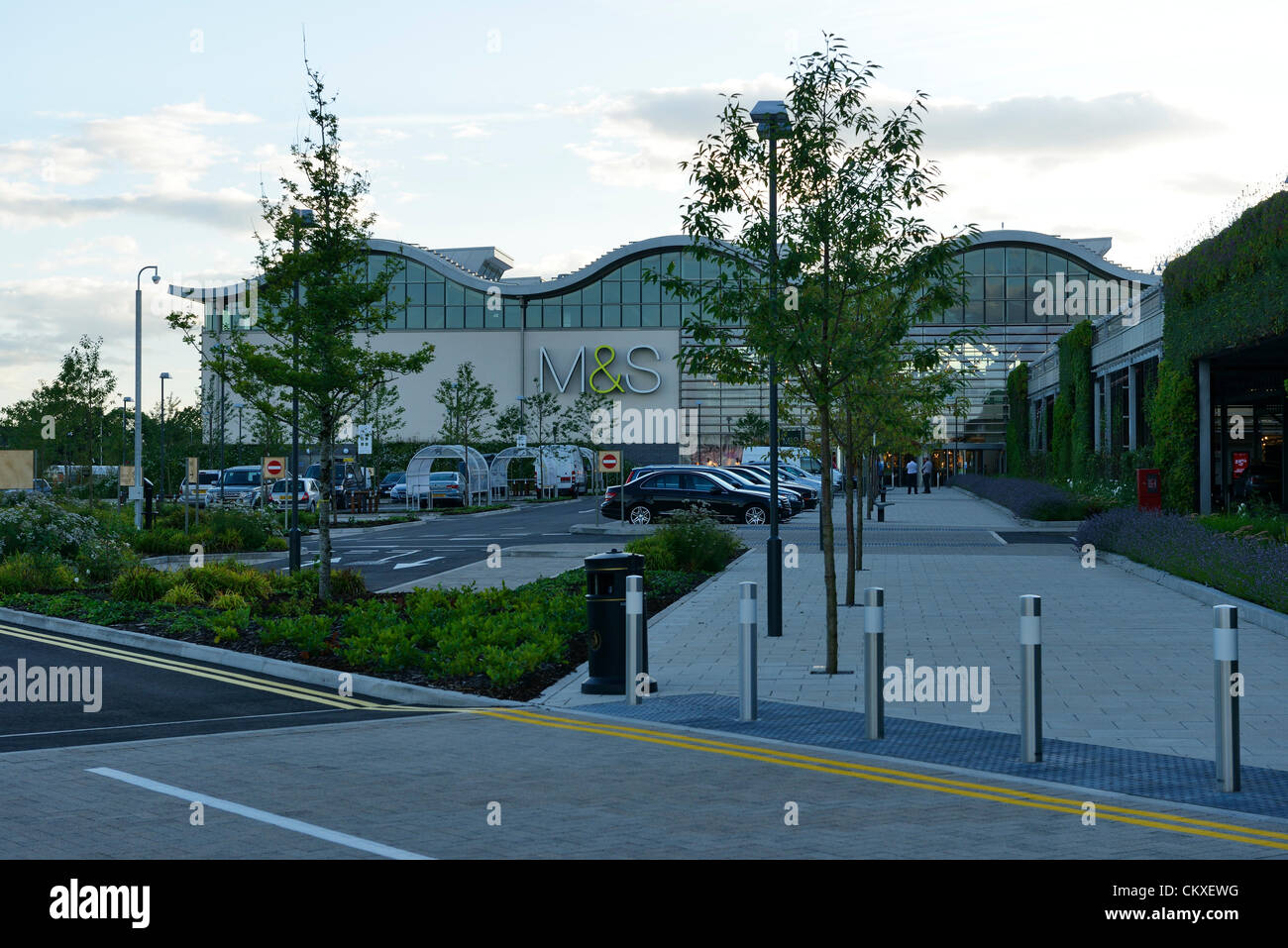 The flagship Marks & Spencer Store at Cheshire Oaks, Cheshire, UK which opens to the public at 10am Wednesday - Stock Image