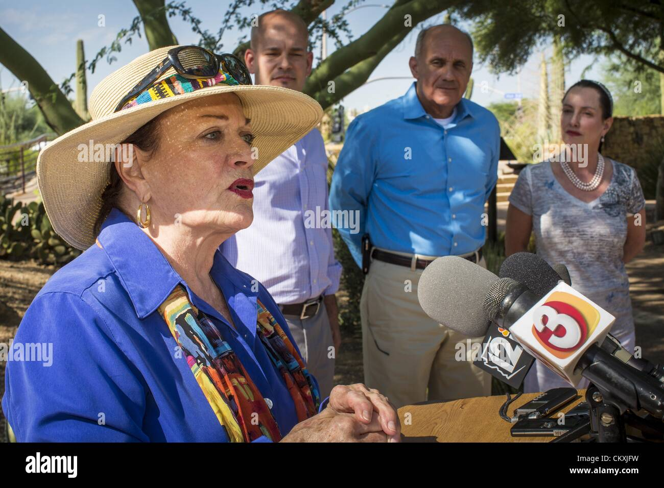 Aug. 29, 2012 - Paradise Valley, Arizona, U.S - JOANNE GOLDWATER, left, endorses Dr. RICHARD CARMONA, (center) Democratic Stock Photo