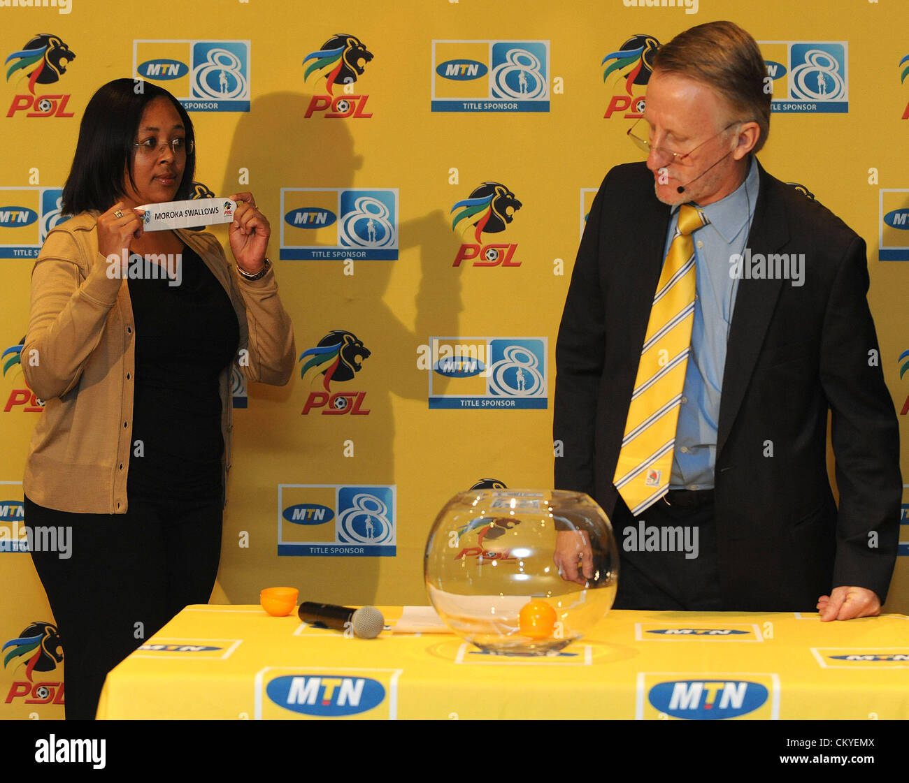 JOHANNESBURG, SOUTH AFRICA - SEPTEMBER 03, Desiree Pooe of MTN and Derek Blanckensee of the PSL during the MTN 8 - Stock Image
