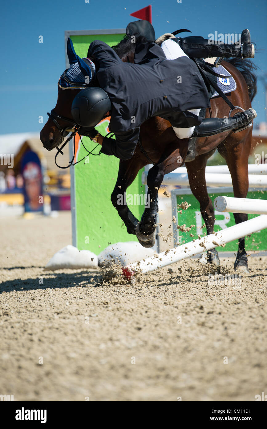 Horse Riding Fails High Resolution Stock Photography And Images Alamy