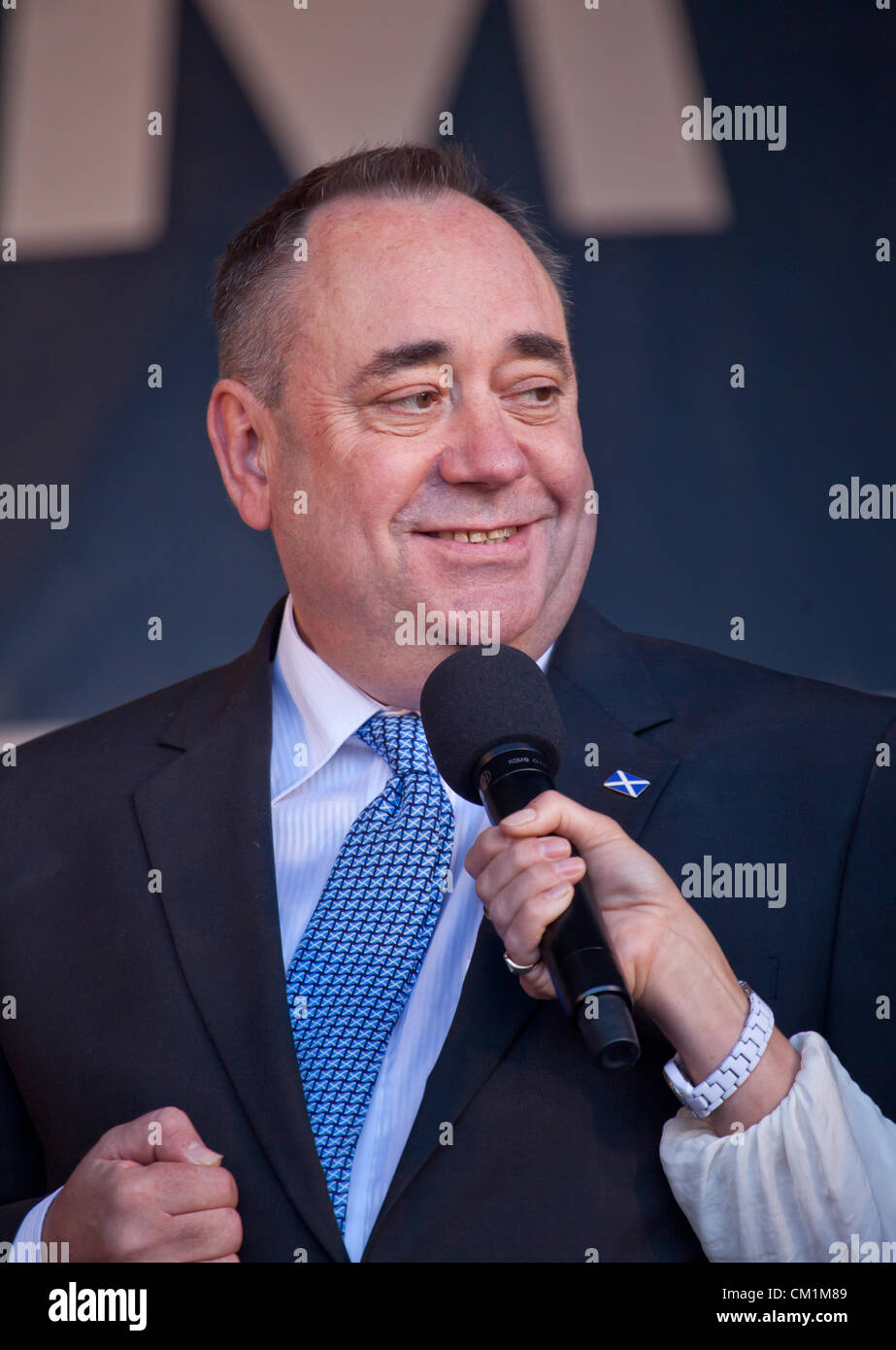 14th September, 2012. Alex Salmond, then First Minister of Scotland, being interviewed at the end of the homecoming Stock Photo