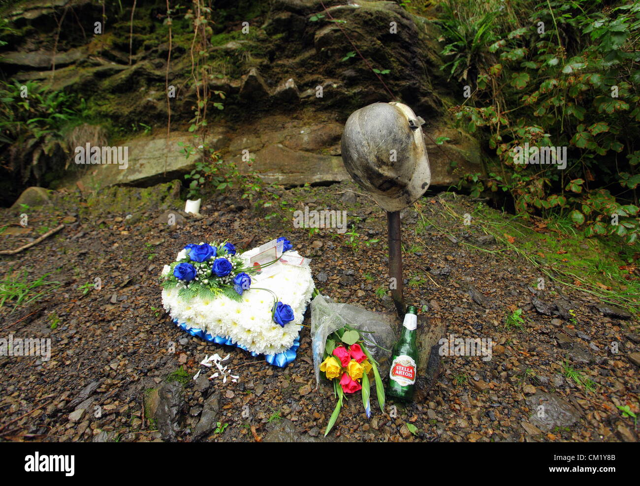 Cilybebyll, South Wales, UK. Sunday 16 September 2012. Floral tributes left near Gleision mine in Cilybebyll, near - Stock Image
