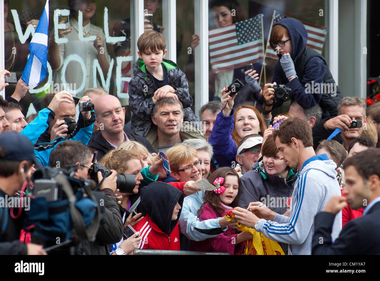 Dunblane, Scotland, UK, Sunday 16th September 2012. The new US Open Tennis Champion Andy Murray returned to Scotland - Stock Image