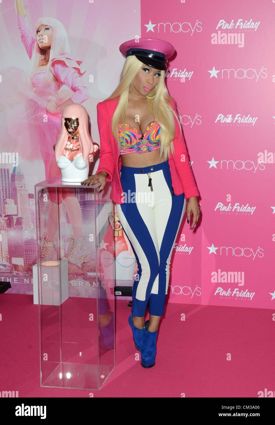 Nicki Minaj in-store appearance Nicky Minaj Launches Pink Friday Fragrance Macy's Herald Square Department Store - Stock Image