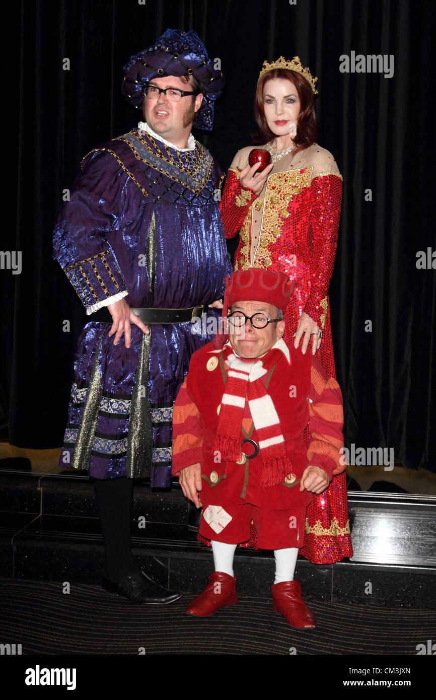 A Christmas Star Cast.Priscilla Presley Warwick Davis And Jarred Christmas Star