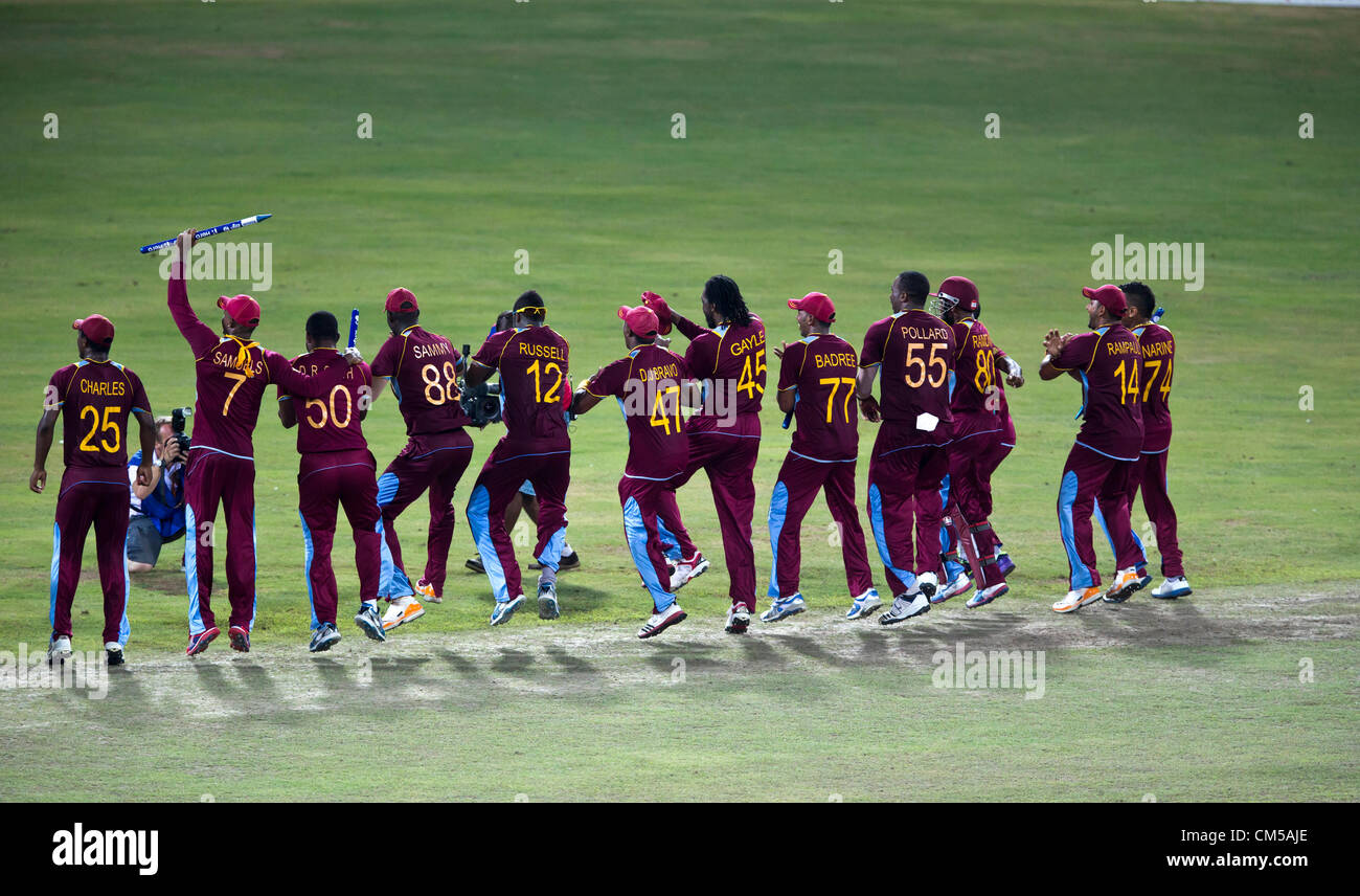 The newly crowned Twenty-20 world champs line up to celebrate. - Stock Image