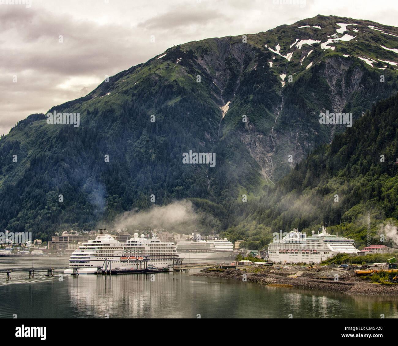 July 5, 2012 - The Regent Seven Seas Navigator, Celebrity Century and the Princess Cruises Sea Princess, l. to r., - Stock Image