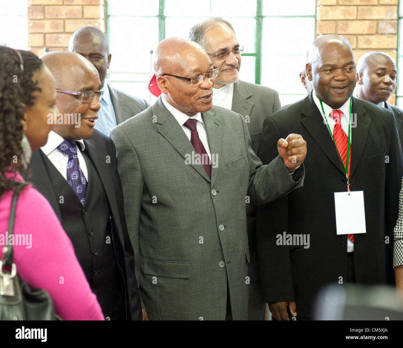 PRETORIA, SOUTH AFRICA: President Jacob Zuma and Health Minister Aaron Motsoaledi during the launch of a school - Stock Image