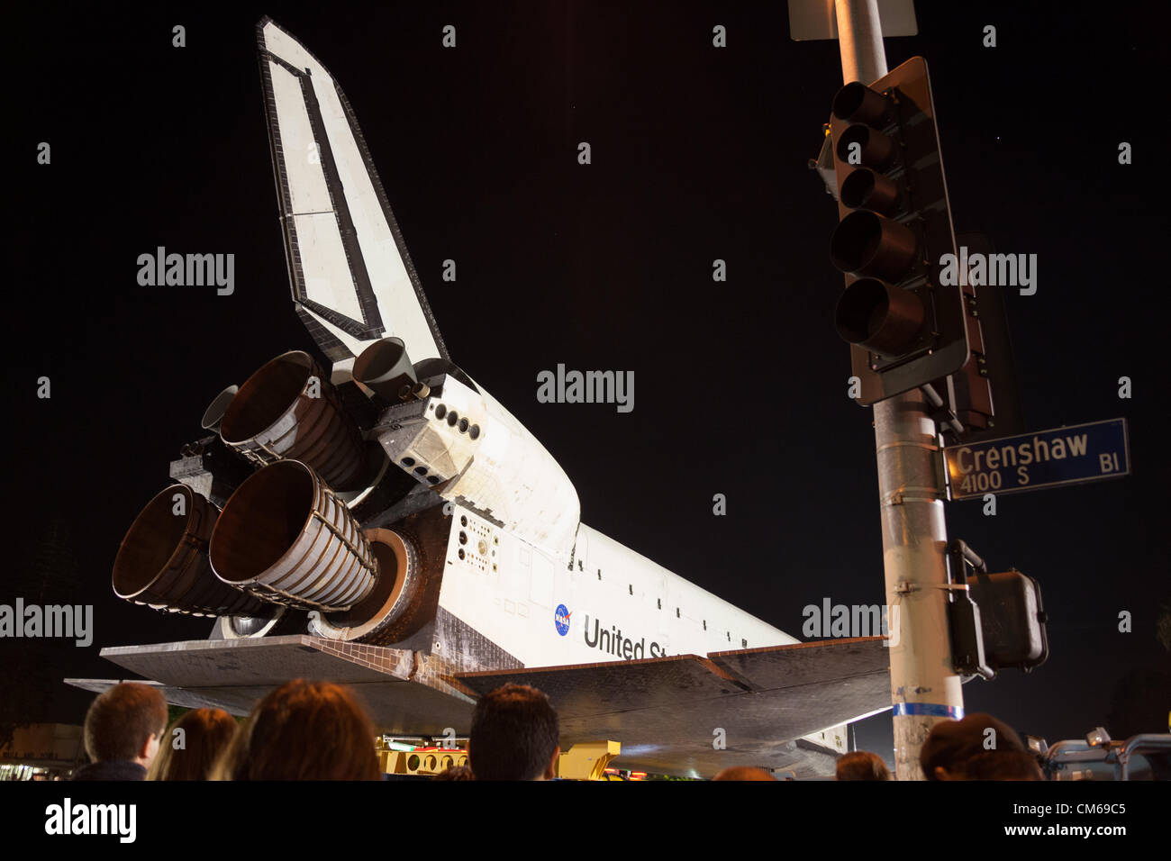 October 13, 2012 - The Space Shuttle Endeavour makes an overnight stop at Baldwin Hills Crenshaw Plaza on its final - Stock Image