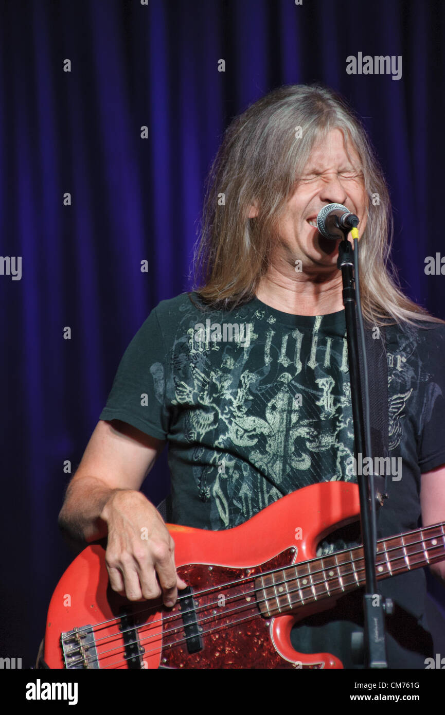 LINCOLN, CA – October 19: Randy Threet of Country rock band The Outlaws perform at Thunder Valley Casino Resort Stock Photo