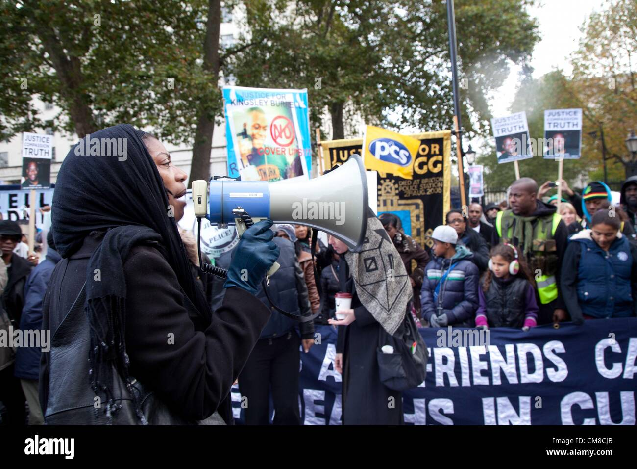 London, UK. 27th October 2012 The United Families and Friends Campaign (UFFC) gathered in Trafalgar Square today - Stock Image
