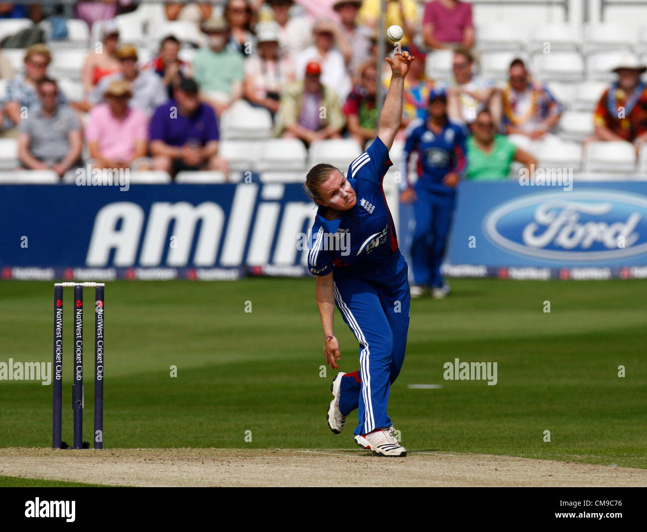 28.06.12 Chelmsford, ENGLAND:  Holly Colvin of England during NatWest Women's International Twenty20 Series - Stock Image