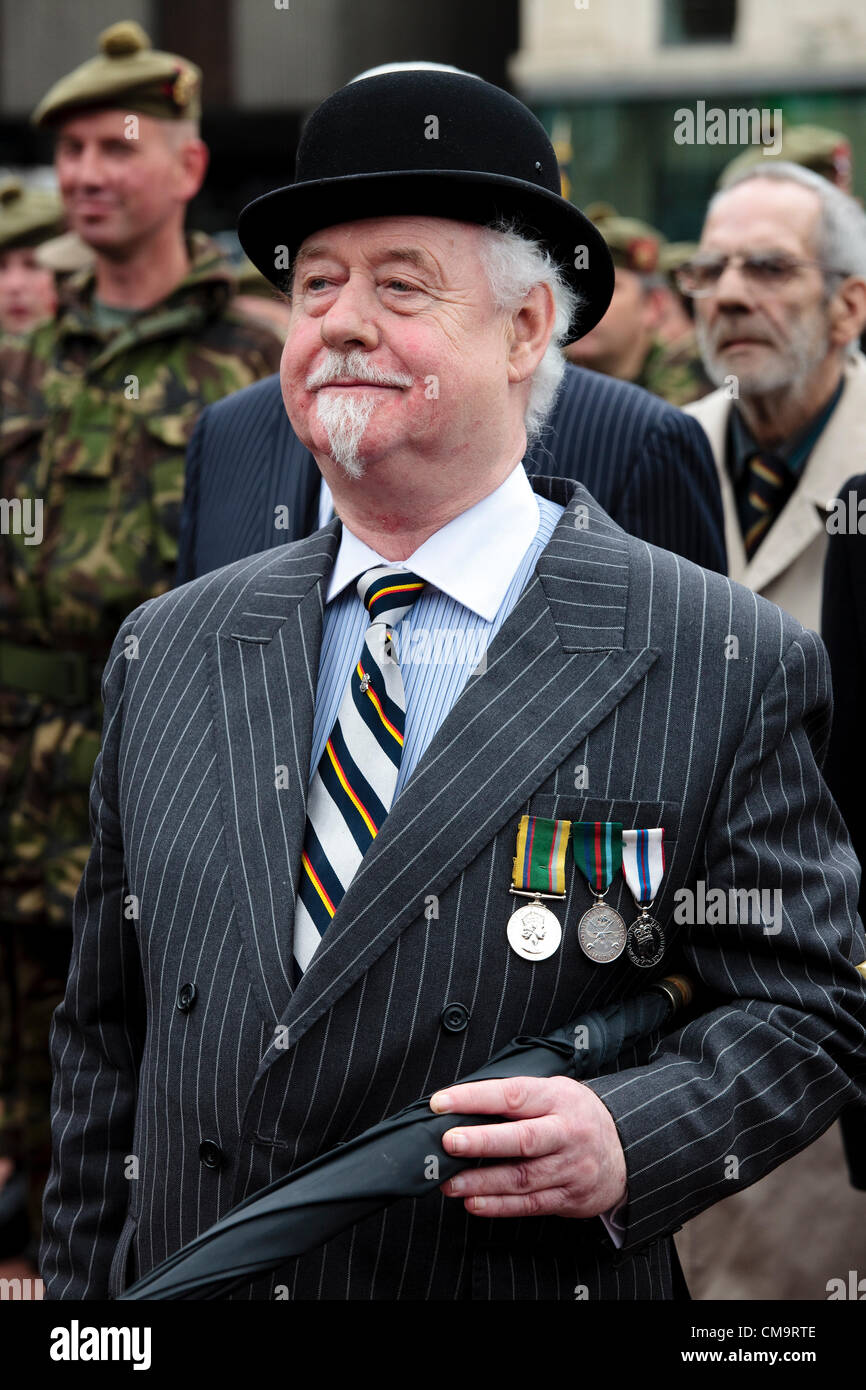 30 June 2012. Armed Forces Day, George Square, Glasgow, Scotland, UK. Willie McLaughlan, vice Chairman of the Royal - Stock Image